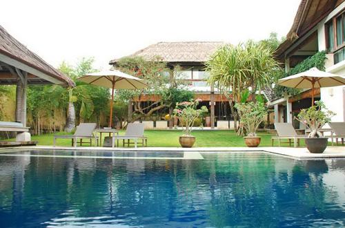 Kenyeri Villa